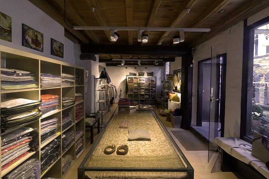kunst kaschmir kunstg sschen koblenz. Black Bedroom Furniture Sets. Home Design Ideas